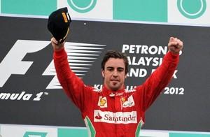 Формула-1. Феррари благодарит погоду за лидерство