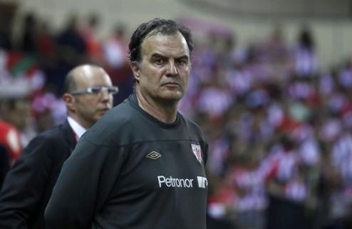 Уход Льоренте и Мартинеса не вынудит Бьелсу покинуть Атлетик