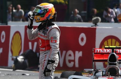 """Формула-1. Хэмилтон: """"Баттон прогулялся по парку"""""""