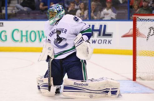 НХЛ. Люонго не против все еще оставаться в Ванкувере