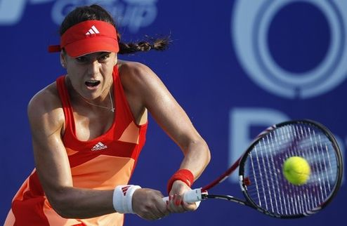 Гуанчжоу (WTA). Урсула Радваньска и Кирстя в полуфинале, Шуай Пенг вылетает