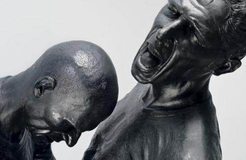В Париже представлен памятник Зидану и Матерацци