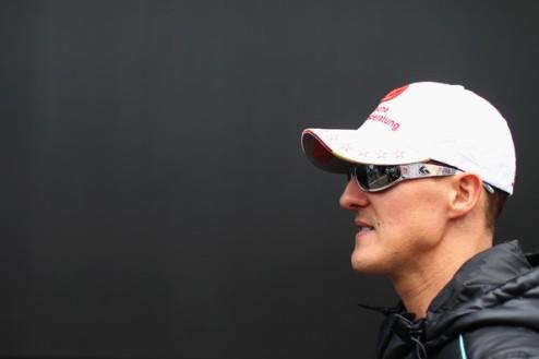 Формула-1. Шумахер не спешит завершать карьеру