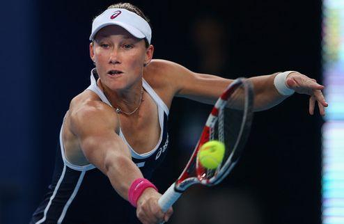 Осака (WTA). Сенсационный вылет Стосур, первый финал Уотсон