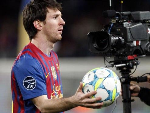 Барселона не может продлить контракт с Месси из-за норм ФИФА