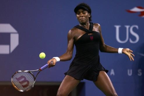 Люксембург (WTA). Винус Уильямс с трудом проходит Винчи