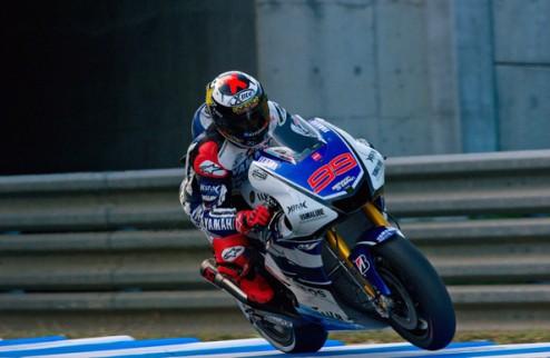 MotoGP. Гран-при Малайзии. Лоренсо отбирает поул у Педросы