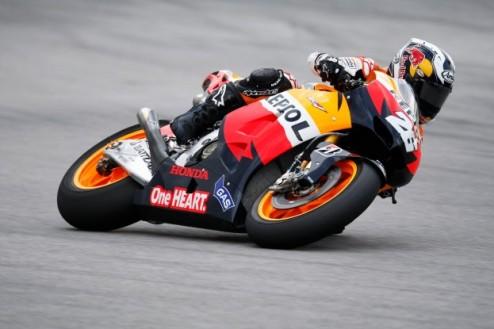 MotoGP. Гран-при Малайзии. Педроса побеждает в дождь