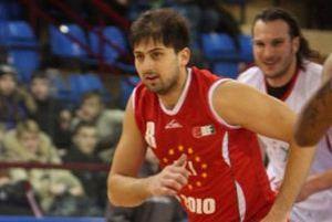 Задержаны нападавшие на украинского баскетболиста