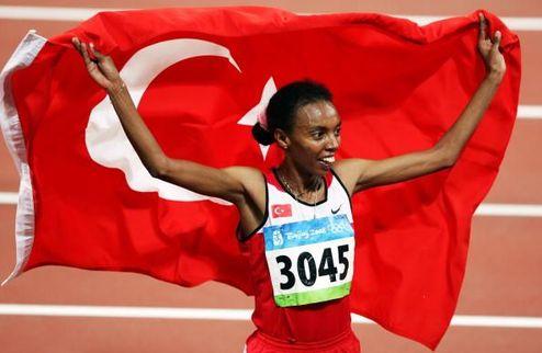 Легкая атлетика. Турецкая звезда возвращается из декрета