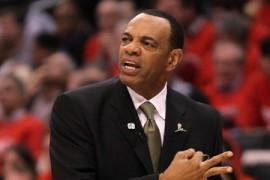 НБА. Джонсон и Холлинс — тренеры месяца
