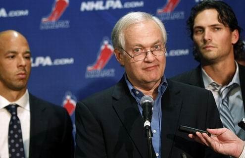 НХЛ. Некоторые игроки были готовы подписать соглашение с Лигой
