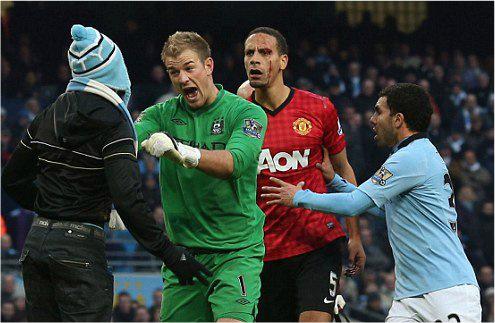 Фердинанду досталось от болельщиков Манчестер Сити