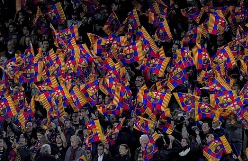 """100 тысяч фанов Барсы скандировали: """"Моуриньо, мы тебя любим, оставайся"""""""