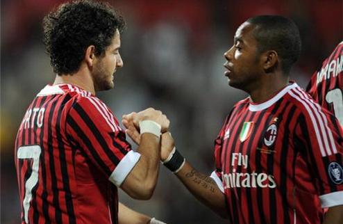 Милан продаст Пато и Робиньо?