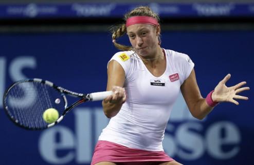 Окленд (WTA). Хэмптон вышла в полуфинал