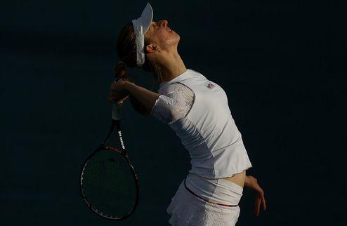 Хобарт (WTA). Двухсетовые победы Стивенс и Бартель