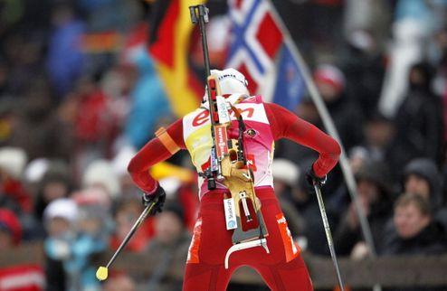 Биатлон. Норвегия выигрывает в ночном Рупольдинге
