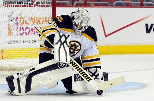 НХЛ. Тим Томас вернется в следующем сезоне