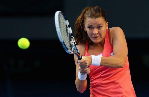 Australian Open. Радваньска снова безупречна, Шарапова деклассировала Флипкенс