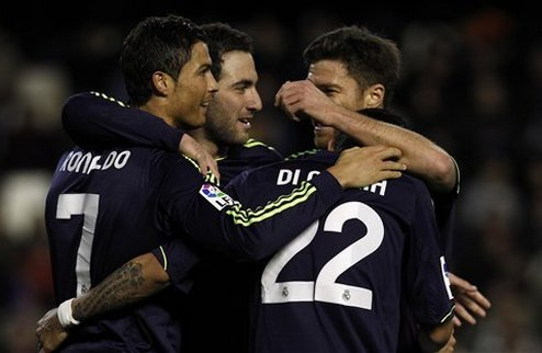 Реал разобрал Валенсию