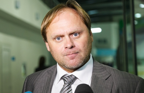 """ПХЛ. Буценко: """"Хоккеисты очень стараются, выкладываются и переживают"""""""