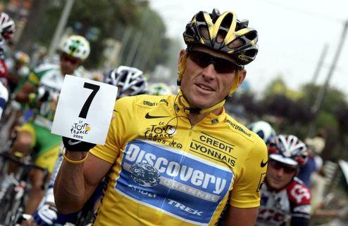 Велоспорт. Армстронг не хочет возвращать призовые за Тур де Франс
