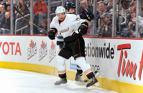 НХЛ. Вишновски прибыл в расположение Айлендерс