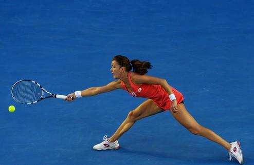 Доха (WTA). Кузнецова выбивает Бартоли, успех Возняцки и Стосур