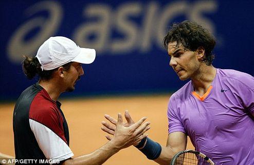 Надаль снова вызывает сомнения, обидчик Федерера не останавливается
