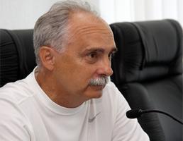 """Рафаилов: """"Не все футболисты охотно хотят ехать в Луганск"""""""
