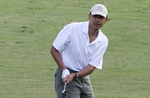 Гольф. Вудс скрестил клюшки с Обамой