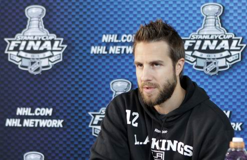 НХЛ. Ганье вернулся в Филадельфию