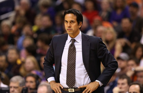 НБА. Споэльстра и Холлинс — тренеры месяца
