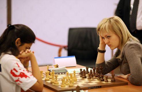Шахматы. Украинки начинают ЧМ с победы над Индией