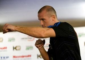 Узелков выйдет в ринг 16 марта