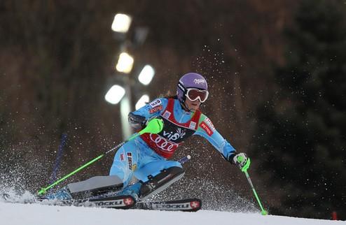Горные лыжи. Победа Мазе в слаломе