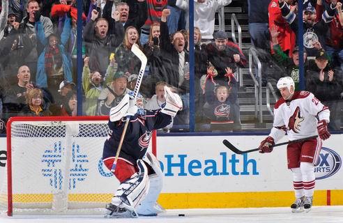 НХЛ. Бобровский — первая звезда дня