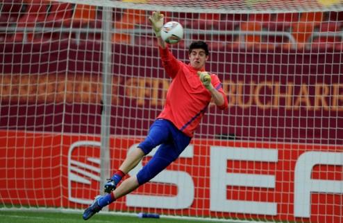 Челси требует 20 млн евро за Куртуа