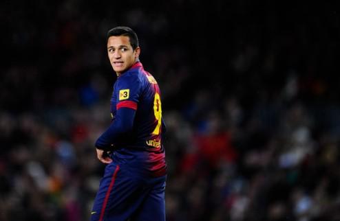 Санчес пока не думает покидать Барселону