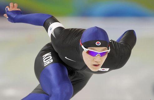 Конькобежный спорт. Кореец Мо стал чемпионом мира