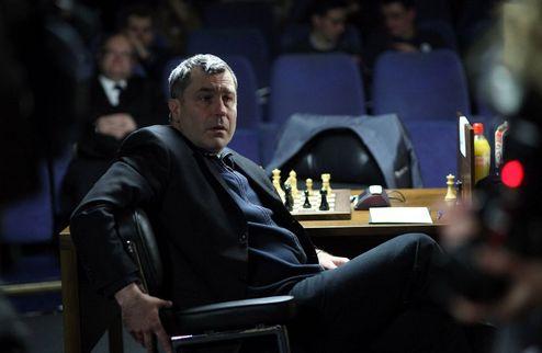 Шахматы. Иванчук бьет Карлсена и выводит на первое место Крамника