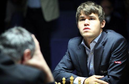 Шахматы. Карлсен сохранил лидерство в рейтинге FIDE, Иванчук — 13-й