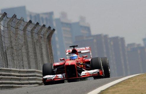 Формула-1. Гран-при Китая. Алонсо выигрывает третью практику