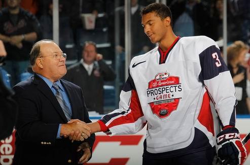 НХЛ. Драфт-2013: Джонс остается на вершине рейтинга