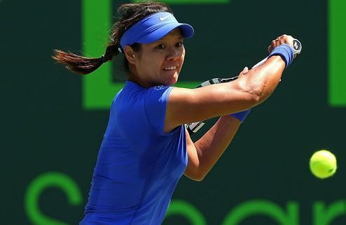 Штутгарт (WTA). На Ли не пропускает Маттек-Сэндс в финал