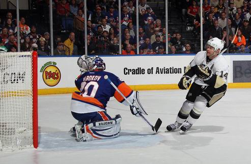 НХЛ. Питтсбург дожимает Айлендерс в овертайме