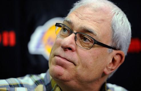 НБА. Фил Джексон не собирается возвращаться в тренеры