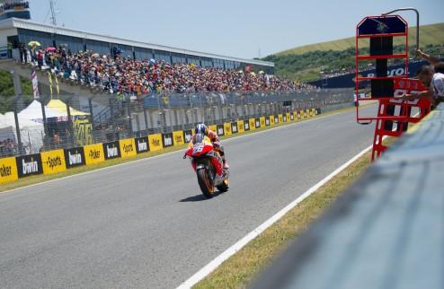 MotoGP. Гран-при Франции. Педроса выигрывает первую практику