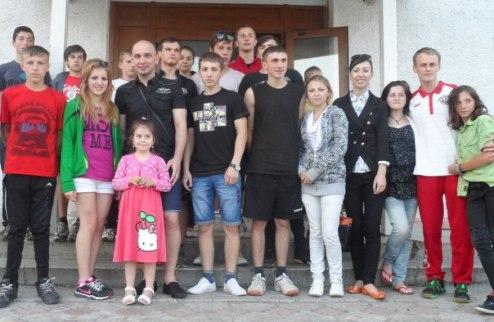 Футзал. Андрей Симка посетил детей-сирот